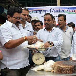 As meat ban begins in Mumbai, Sena and MNS refuse to chicken out