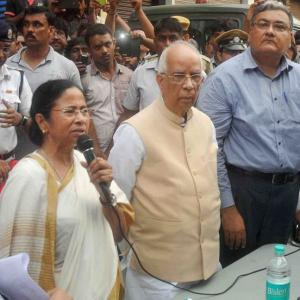 Kolkata flyover collapse: Mamata faces poll bouncer