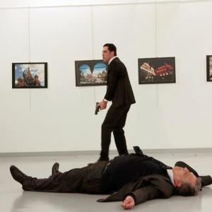 Russian ambassador to Turkey shot dead, gunman shouted 'Don't forget Aleppo'