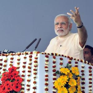PM seeks new 'work culture' to fast-track projects