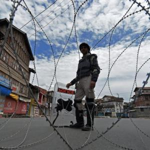 Leaders in Kashmir to be freed 'one by one'