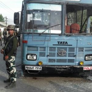 Pampore attack leads CRPF to shift MPVs from Naxal grid to Kashmir