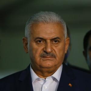 'First signs in Istanbul attack point to ISIS', says Turkish PM