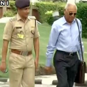 Chopper scam: Ex-Air chief Tyagi admits meeting Finmeccanica boss