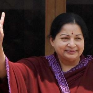 'No words to thank Tamil people': Jayalalithaa on second straight win