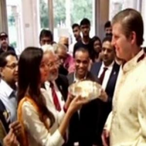 Trump junior goes desi; does aarti ahead of Election Day