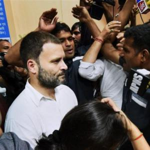 When people standing in bank queue found Rahul Gandhi among them