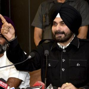 Sidhu attacks Kejriwal, Badals at the launch of new front