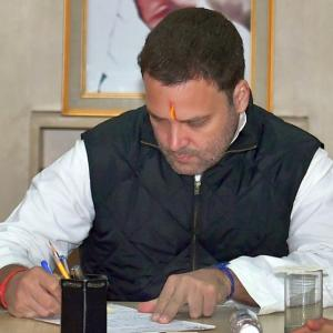 Rahul files nomination, one step closer to becoming Congress president