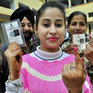 70 % voter turnout in Punjab; skirmishes at some places