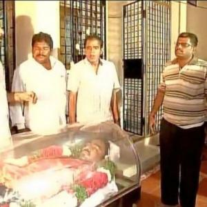 Indian engineer, shot dead in Kansas cremated in Hyderabad