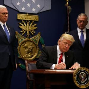 Trump orders to keep 'Islamic terrorists out of US'