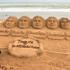 Remembering Kalam in sand