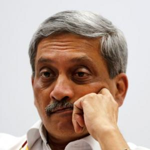 Parrikar to take oath as Goa CM tomorrow; resigns as MoD
