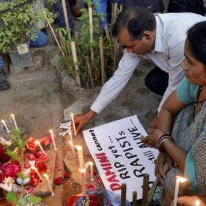 SC upholds death sentence to Nirbhaya's rapists