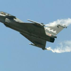 4 puzzling questions about the Rafale deal