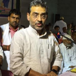 Union minister manhandled in Nitish Kumar's Bihar