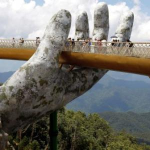 This Vietnam bridge gets a helping hand