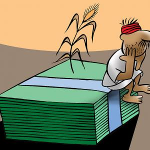 Govt announces cash dole for small farmers