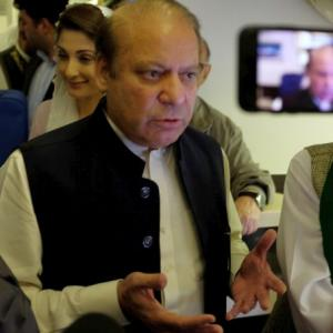 Nawaz Sharif and daughter depart for Pakistan; will be arrested on arrival