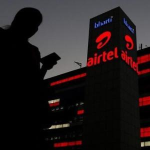 Airtel customer asks for 'Hindu representative'; Twitter erupts in anger