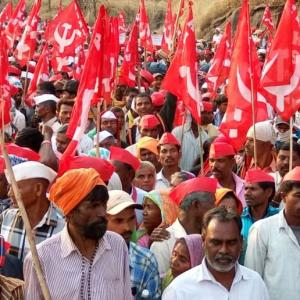 Why 30,000 farmers have marched to Mumbai
