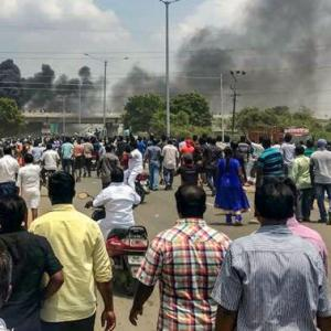 9 killed in police firing on protesters at Sterlite's TN plant