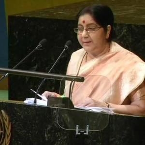 Can't talk with those who glorify killers: Sushma's strong attack Pak