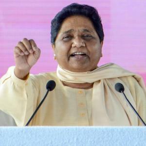 Mayawati sells BSP tickets for Rs 15-20 cr: Maneka