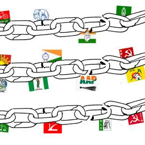 India needs a weak coalition government