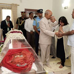 PHOTOS: Prez, PM, Sonia pay tributes to Sushma