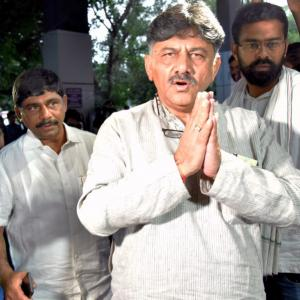 Cong leader Shivakumar appears before ED for 2nd day