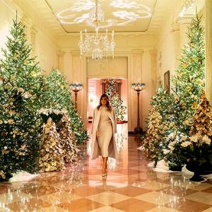 Melania Trump shows off White House Christmas decor