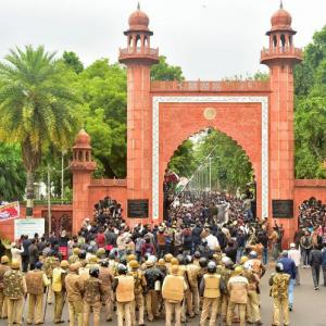 AMU students, teachers protest against citizenship law
