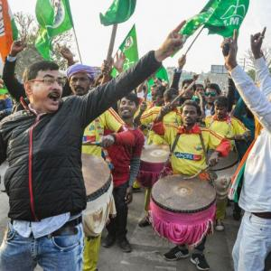 BJP not unbeatable: Oppn reacts on Jharkhand results