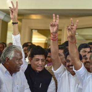 AIADMK ties up Lok Sabha allies but with eye on assembly bypolls