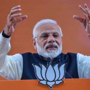 Modi's poll pitch: Decide what kind of 'pradhan sevak' you want