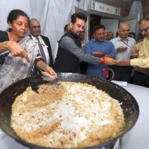 Halwa ceremony launches Budget process