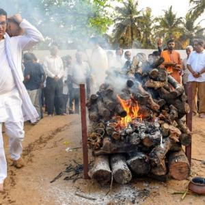 Goa's son of soil Parrikar cremated with state honours