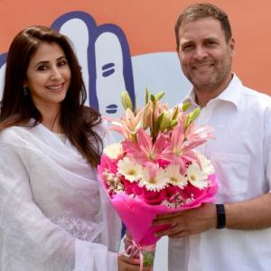 Actor Urmila Matondkar joins Congress