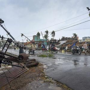 8 dead as Cyclone 'Fani' slams into Odisha