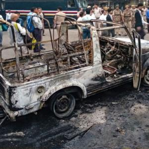 Cops, lawyers clash at Delhi court; 17 cars vandalised