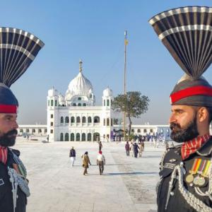 Passport for Kartarpur? Pak Army says yes, FO says no