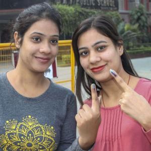 Maha registers over 60% voter turnout, Haryana 65%