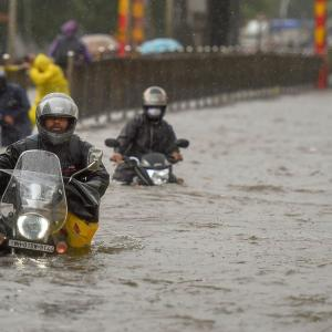Heavy rains batter Mumbai; trains, road traffic hit