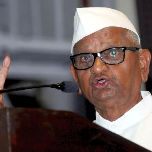 Anna Hazare on fast to support farmers