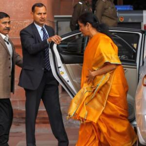 Sitharaman pays homage to Arun Jaitley in Budget