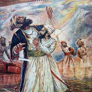 Shivaji's slaying of Afzal Khan: Who struck first?