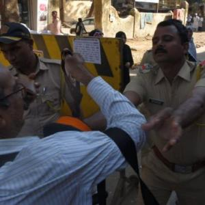 Mumbai photographer thrashed by cops at CAA protest