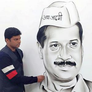 No CM, netas invited for Kejriwal's swearing-in